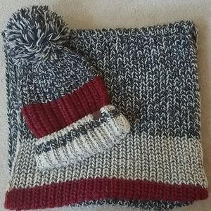 Roots Hat and Infinity Scarf New!